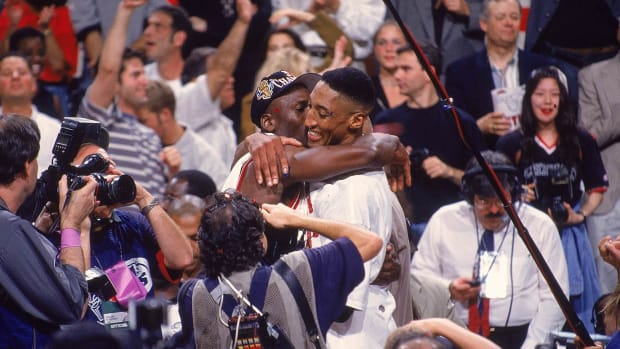 1997-0613-Michael-Jordan-Scottie-Pippen-001304224.jpg