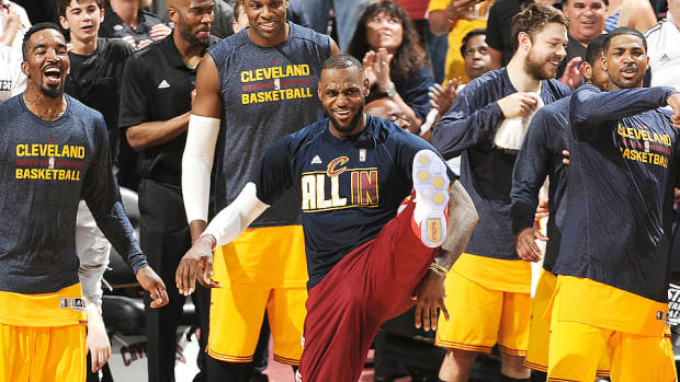 lebron-james-cavaliers-nba-finals-sweep-hawks-2015-playoffs.jpg