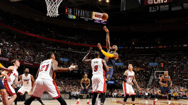 2157889318001_4150627208001_LeBron-moves-in-top-20-in-all-time-scoring.jpg