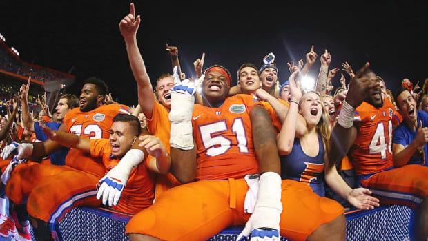 antonio-riles-florida-gators-midseason-recap-predictions-si-college-football-podcast.jpg
