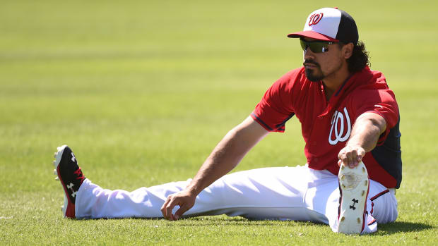 Anthony Rendon (knee) to begin season on DL IMAGE