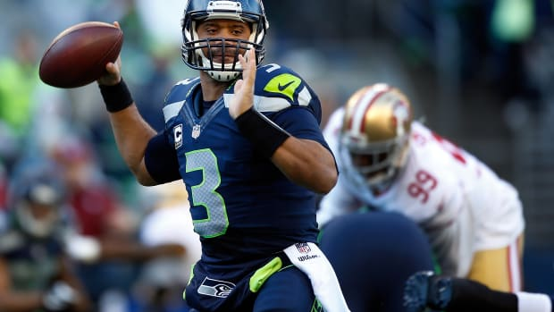 seattle-seahawks-russell-wilson-contract-extension-talks.jpg