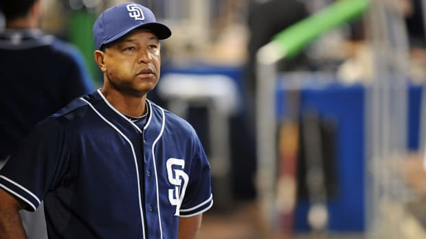 los-angeles-dodgers-hire-manager-dave-roberts.jpg