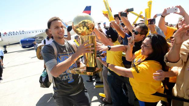 stephen-curry-golden-state-warriors-parade.jpg