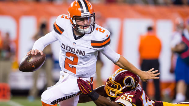 Manziel flashes, but Browns show weaknesses in run support IMAGE