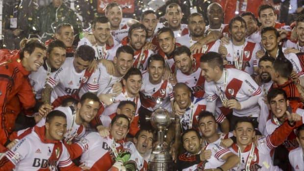river-plate-copa-libertadores-tropy-championship-title.jpg
