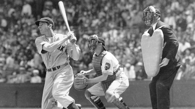 joe-dimaggio-hits-greatest-sports-records.jpg