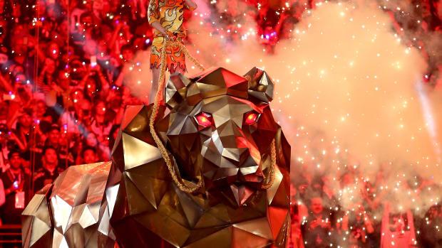Katy Perry robot lion super bowl 2015 halftime show
