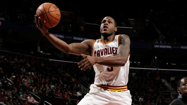 Reports: Cavaliers trade Dion Waiters to Thunder in three-team blockbuster IMAGE