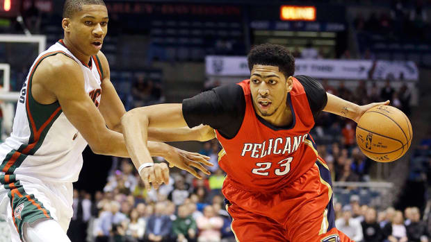 Anthony Davis Pelicans Bucks 960