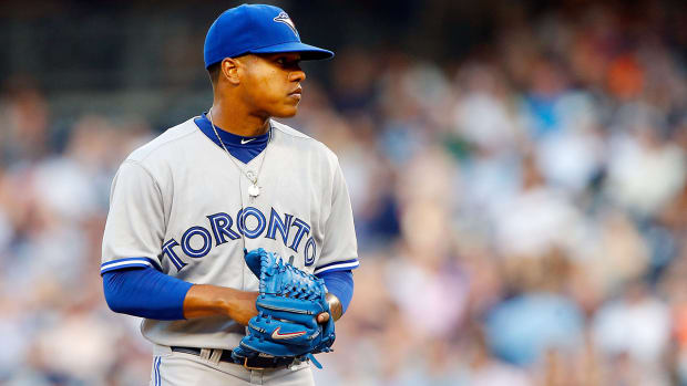 Marcus Stroman out for season after tearing ACL IMAGE