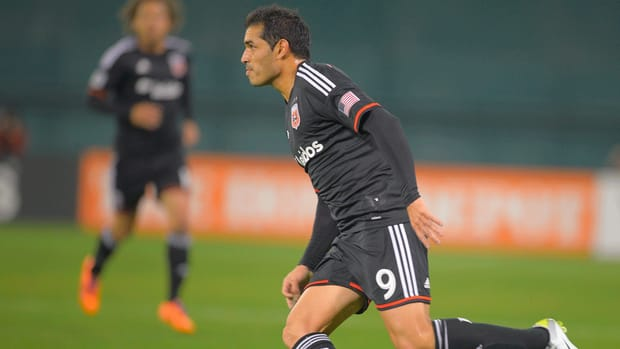 D.C. United, Fabian Espindola agree to Designated Player contract