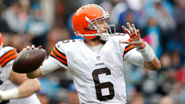 Brian Hoyer: Text-gate, Shanahan departure will impact decision to return - image