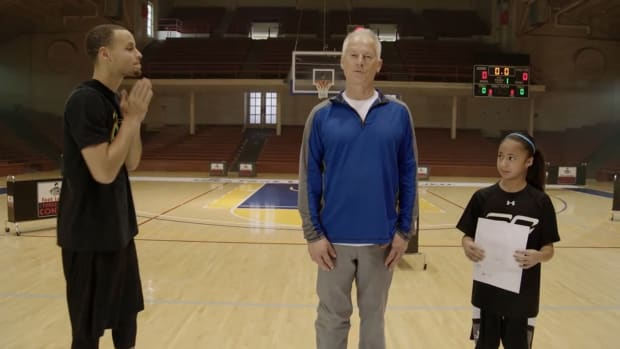 Stephen Curry's Foot Locker 3-Point Contest warm-up