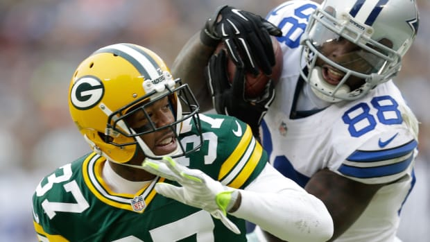 Dez Bryant catch overturned and he's sad