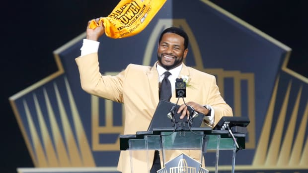 jerome-bettis-steelers-nfl-hall-of-fame.jpg