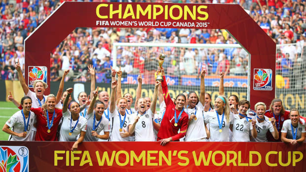uswnt-year-review-2015.jpg