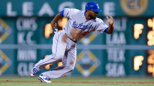 howie-kendrick-los-angeles-dodgers-activated.jpg