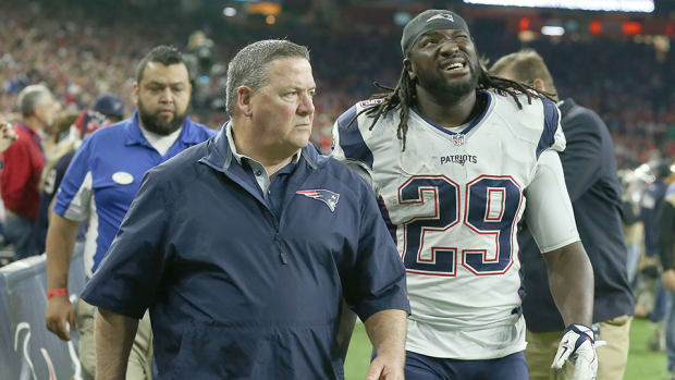legarrette-blount-hip-injury-update-patriots.jpg