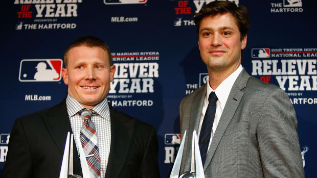 Andrew Miller, Mark Melancon named AL, NL Relievers of the Year--IMAGE