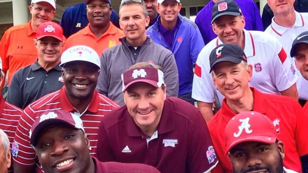college-coaches-golf-selfie.jpg