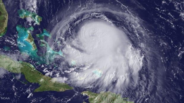 NFL talking Hurricane Joaquin contingencies with Eagles, Redskins - IMAGE
