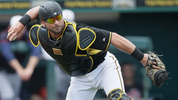 francisco-cervelli-pittsburgh-pirates.jpg