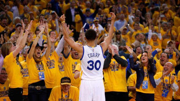 stephen-curry-playoff-three-point-record.jpg