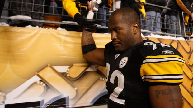 James Harrison contemplates Steelers or Titans - image
