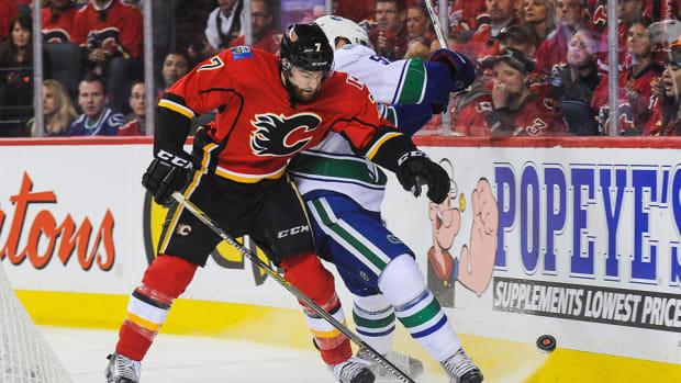 Brodie_CGY_NHL_960.jpg