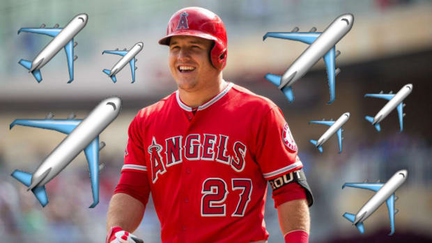 mike-trout-twitter-airplane-emoji-stats-angels-la.jpg