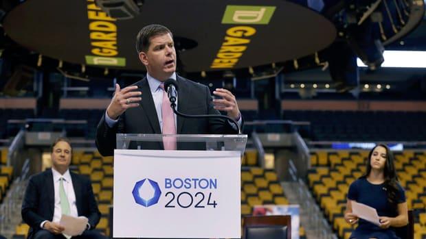 marty-walsh-boston-2024-olympic-bid.gif