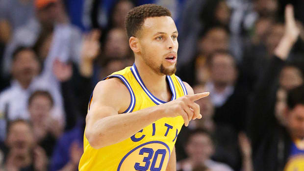 stephen-curry-golden-state-warriors-16-0-record-start-los-angeles-lakers.jpg