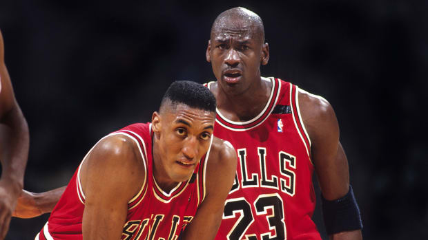 Scottie Pippen reminisces about Michael Jordan's first return to NBA IMAGE