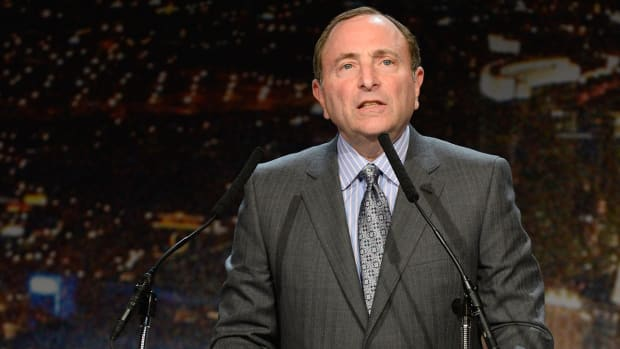 Gary Bettman, Coyotes deny report team is moving to Las Vegas IMAGE
