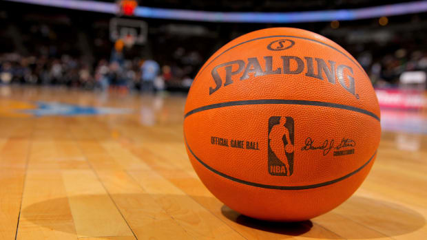 NBA salary cap rises to record $70 million for 2015-16 IMAGE