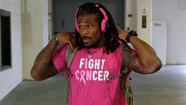 deangelo-williams-nfl-breast-cancer-cameron-heyward.jpg