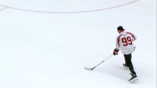 jj-watt-shootout-hockey.png