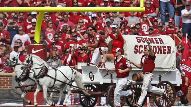 Team Traditions: Oklahoma-Texas Tech