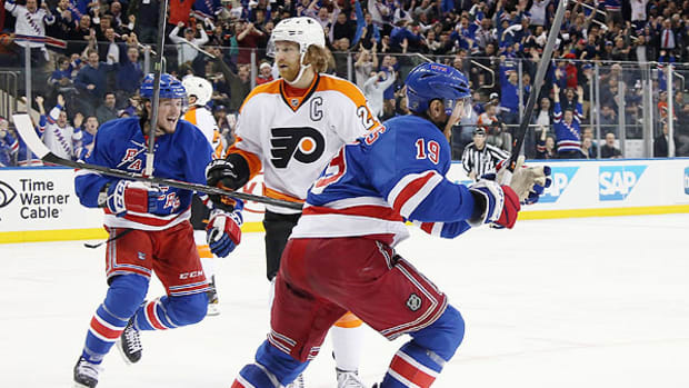 2014-nhl-playoffs-rangers-flyers-game-5.jpg