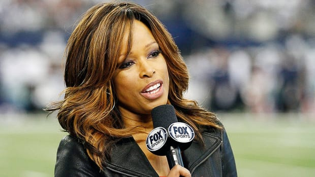 Pam Oliver during a 2013 NFL game