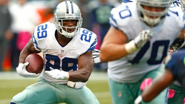 Will DeMarco Murray break Jim Brown's consecutive 100-yd game record?