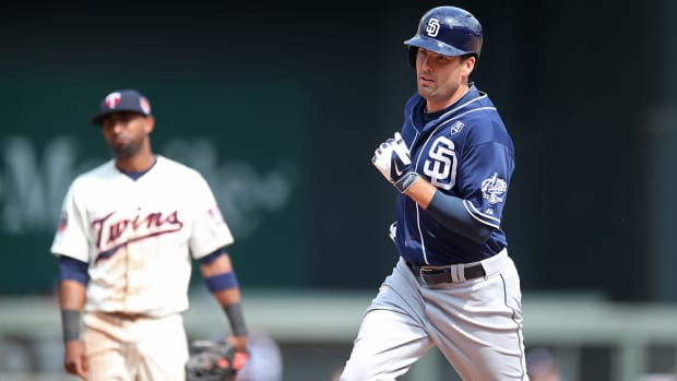 Padres trade OF Seth Smith to Mariners IMAGE