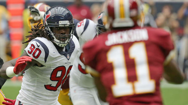 Texans' Jadeveon Clowney on pace for on-time return from knee injury