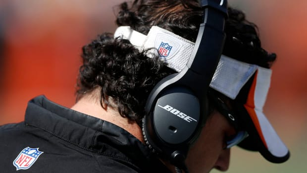 Bose providing free headphones to NFL players