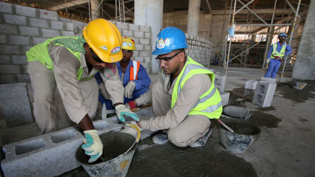 qatar-world-cup-migrant-workers
