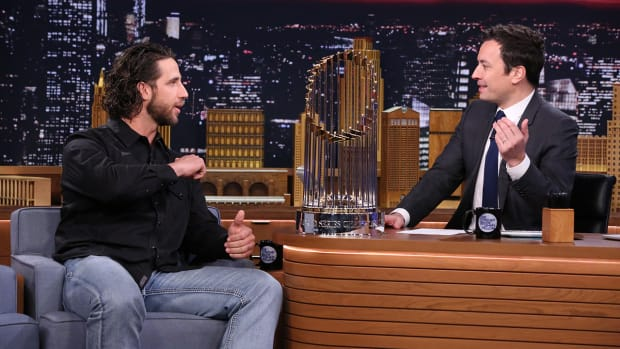 World Series MVP Madison Bumgarner gives Jimmy Fallon a personal gift on the Tonight Show
