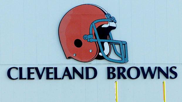 cleveland-browns-pass-hard-knocks-johnny-manziel.jpg