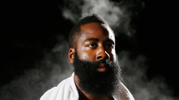 James Harden Beat the internet in a game of Horse
