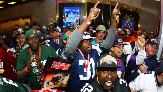 Poll: Broncos most popular NFL team, not Cowboys